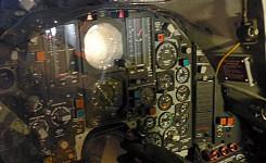 Cradle_a10_cockpit