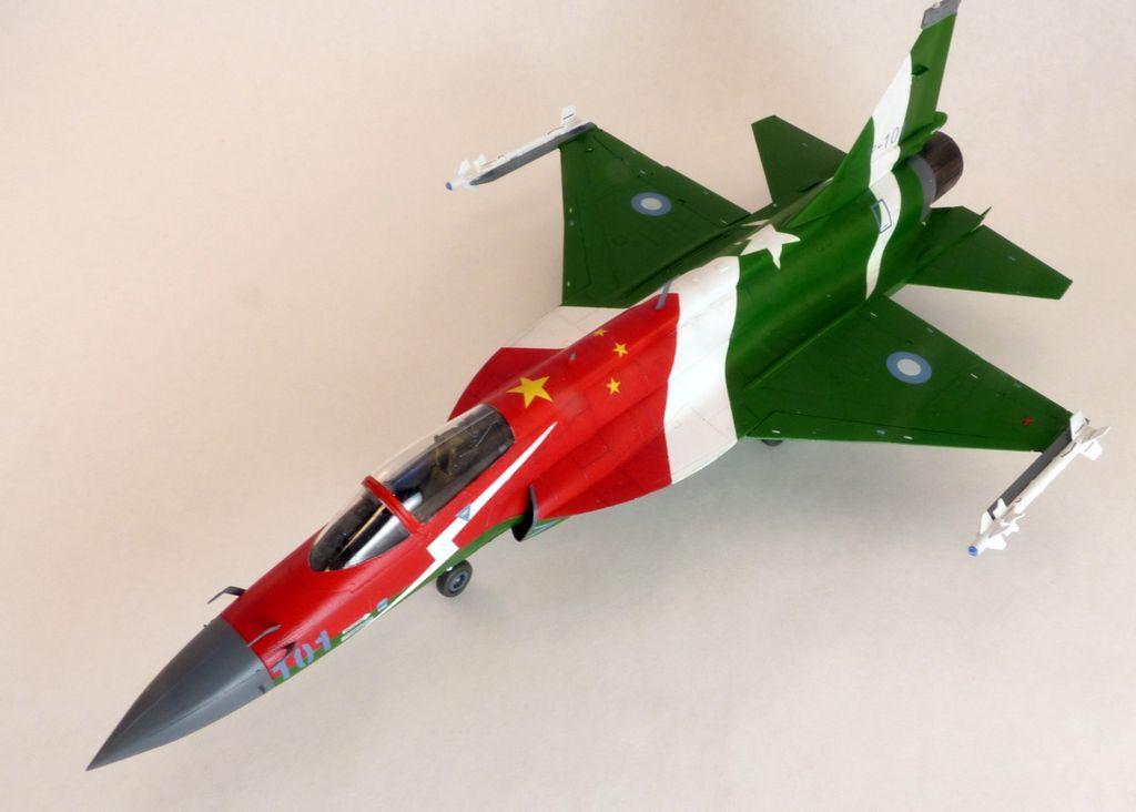 Chinese FC-1 Fierce Dragon / Pakistani JF-17 Thunder