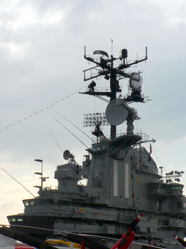 intrepid 2009 49